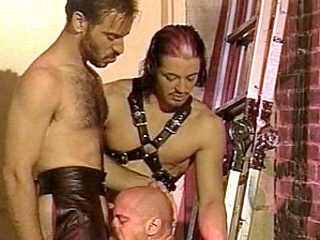 Enjoy obeying Kyle increased by Scott, leather-clad gay bodybuilders go crazy...