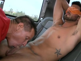 Attractive hunk lured into having wild fellatio with gay