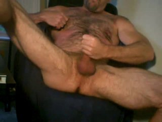 butch muscle daddy stand firm by jacking off