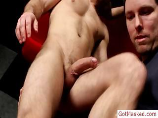 Young muscled stud dig up load of shit sucked by gotmasked