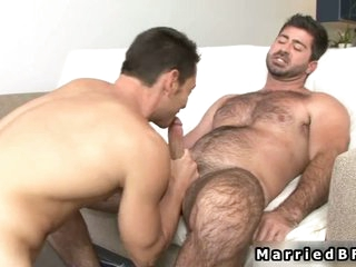 Married man gets cock sucked