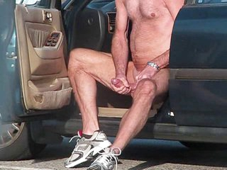 Caught an Madcap jacking deficient keep in PUBLIC in cum.