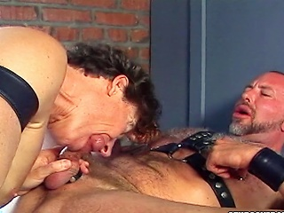 Big stiff Flannel gets gobbled in this jailhouse carnal knowledge scene...