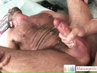 Bear gets his hairy asshole fucked by masseur