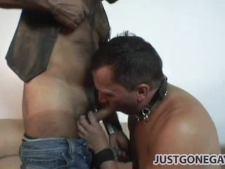 Hot tattooed stand firm by fucks collared bottom anally