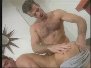 Daddy Wants close by Thank His Admirer