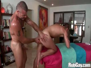 Horny gay masseur hammers his kneading client in his tight man ass