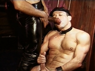 Fetching Williams fucked by  leather padre Mondo Moore right up his...