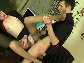 Kinky sissy guy getting down to frantic a-hole-fucking thrill in the tryst