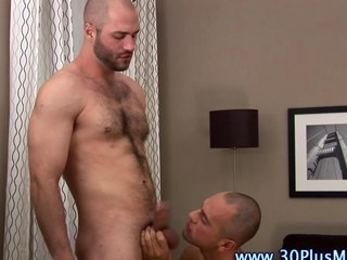 Muscly hard weasel words stud gets sucked off