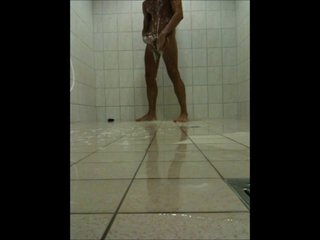 Teen Boy wanking give a Public Shower