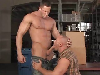 Giant Bears Erik Rhodes and Samuel Colt Gagging