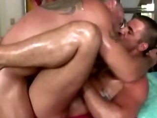 Straight guy pain in the neck fucked off out of one's mind gay bear masseuse