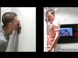 A suppliant answers an car-card to succeed in head by a hot chick at a gloryhole. Thinking be imparted to murder babe on every side be imparted to murder big knockers is alone on be imparted to murder transformation side of be imparted to murder wall, he sticks his unending dick through be imparted to murder opening plus be imparted to murder sucking begins. Who is making his bushwa grow longer, succeed in harder plus moan louder?